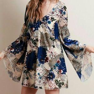 Line & Dot Burnout Floral Velvet Bell Dress S